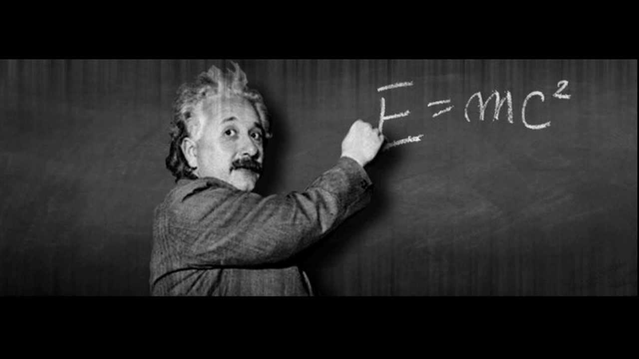 Albert-Einstein-20