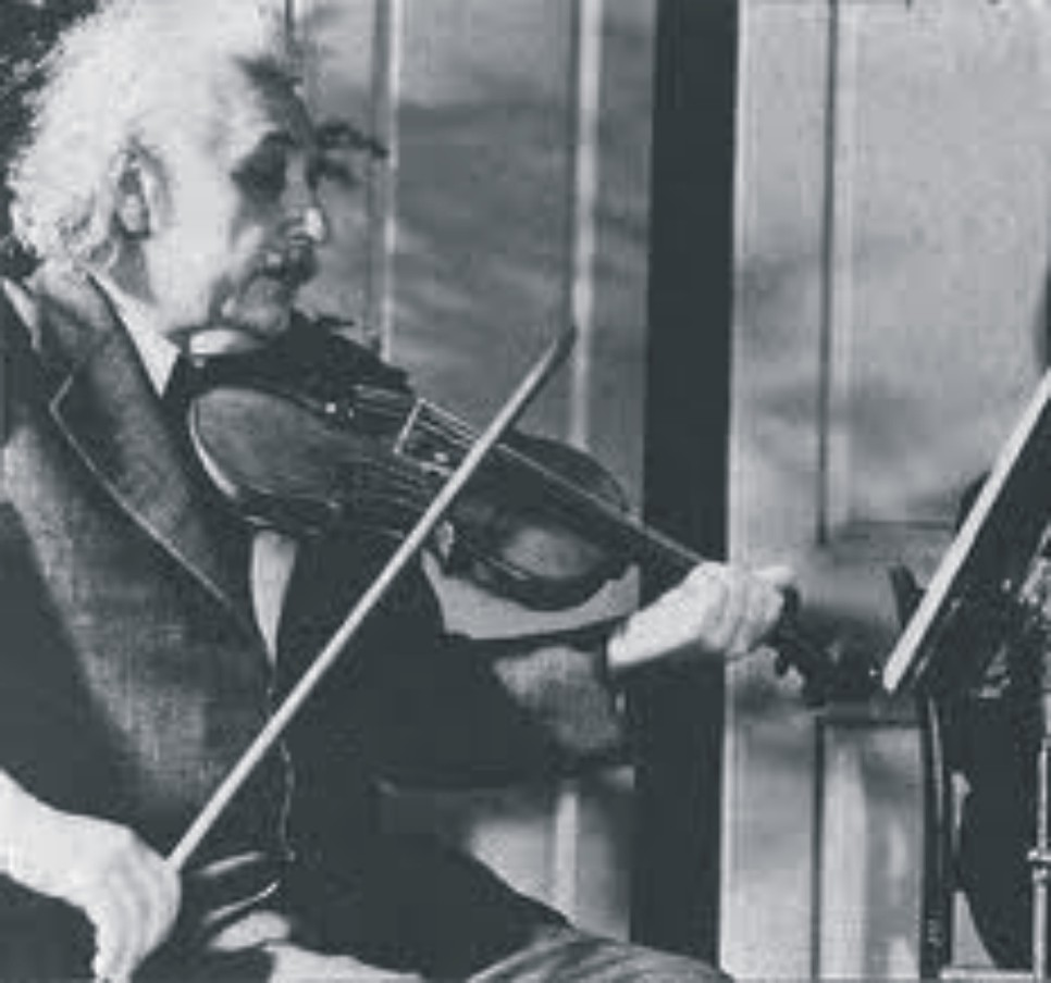 Albert-Einstein-31