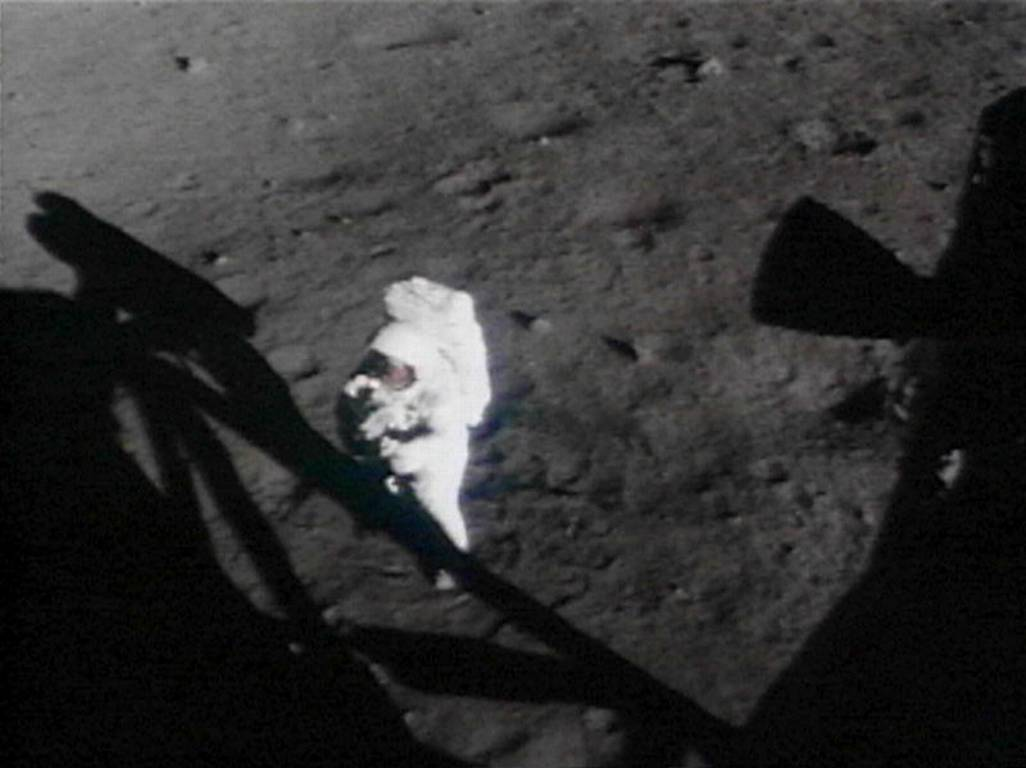 Neil-Armstrong-13