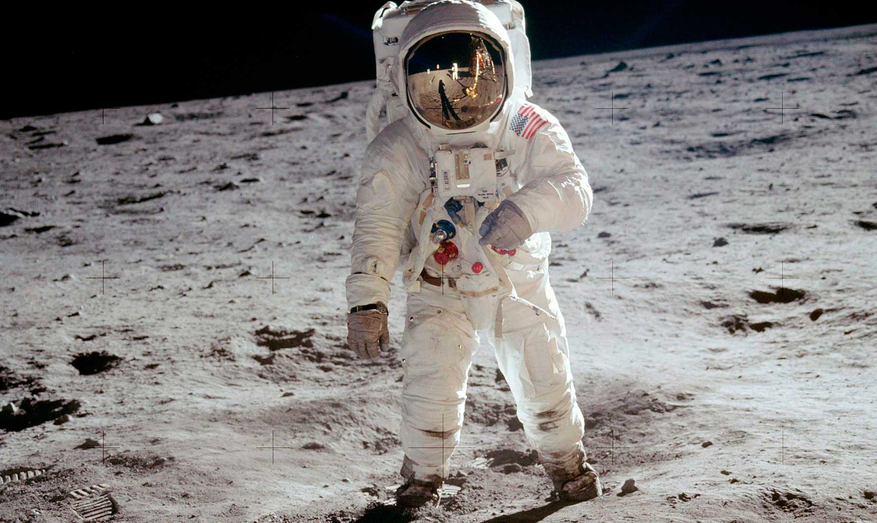 Neil-Armstrong-8