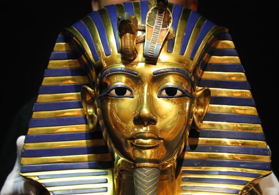 Ramsés-II-13