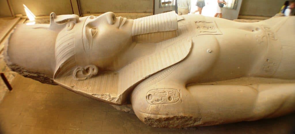 Ramsés-II-19