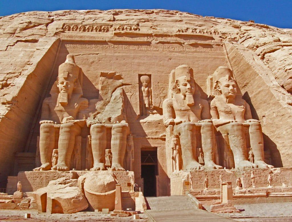 Ramsés-II-2
