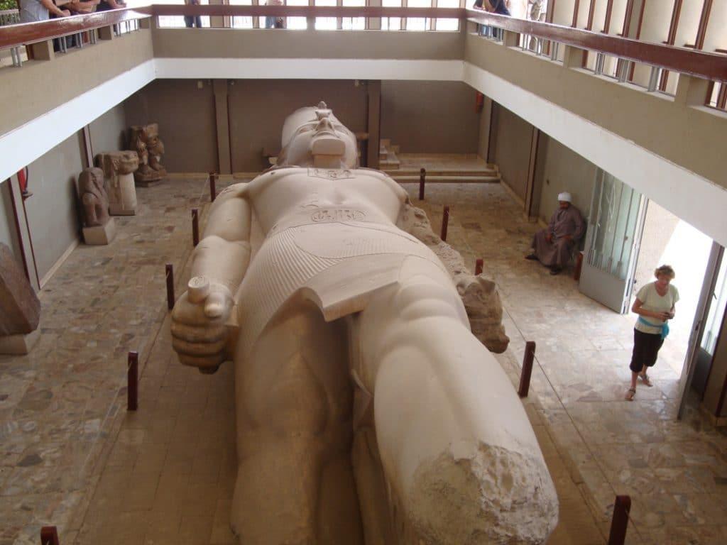 Ramsés-II-7