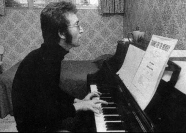 John-Lennon-23