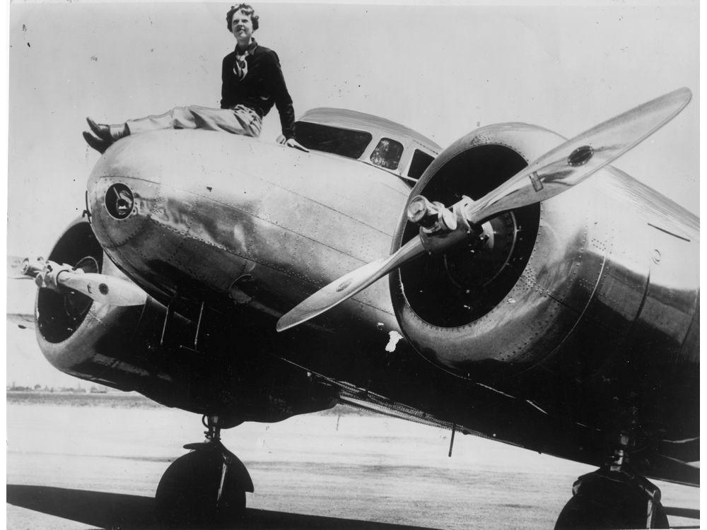 Amelia-Earhart-12