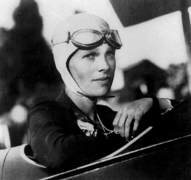 Amelia-Earhart-9