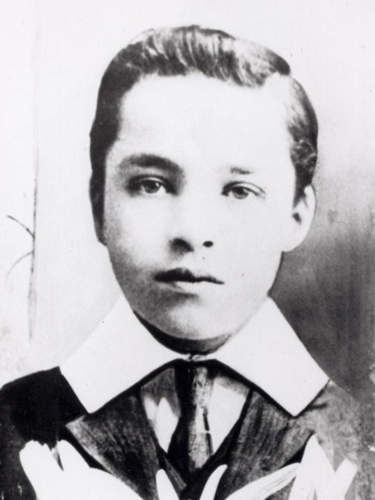 Charles-Chaplin-2
