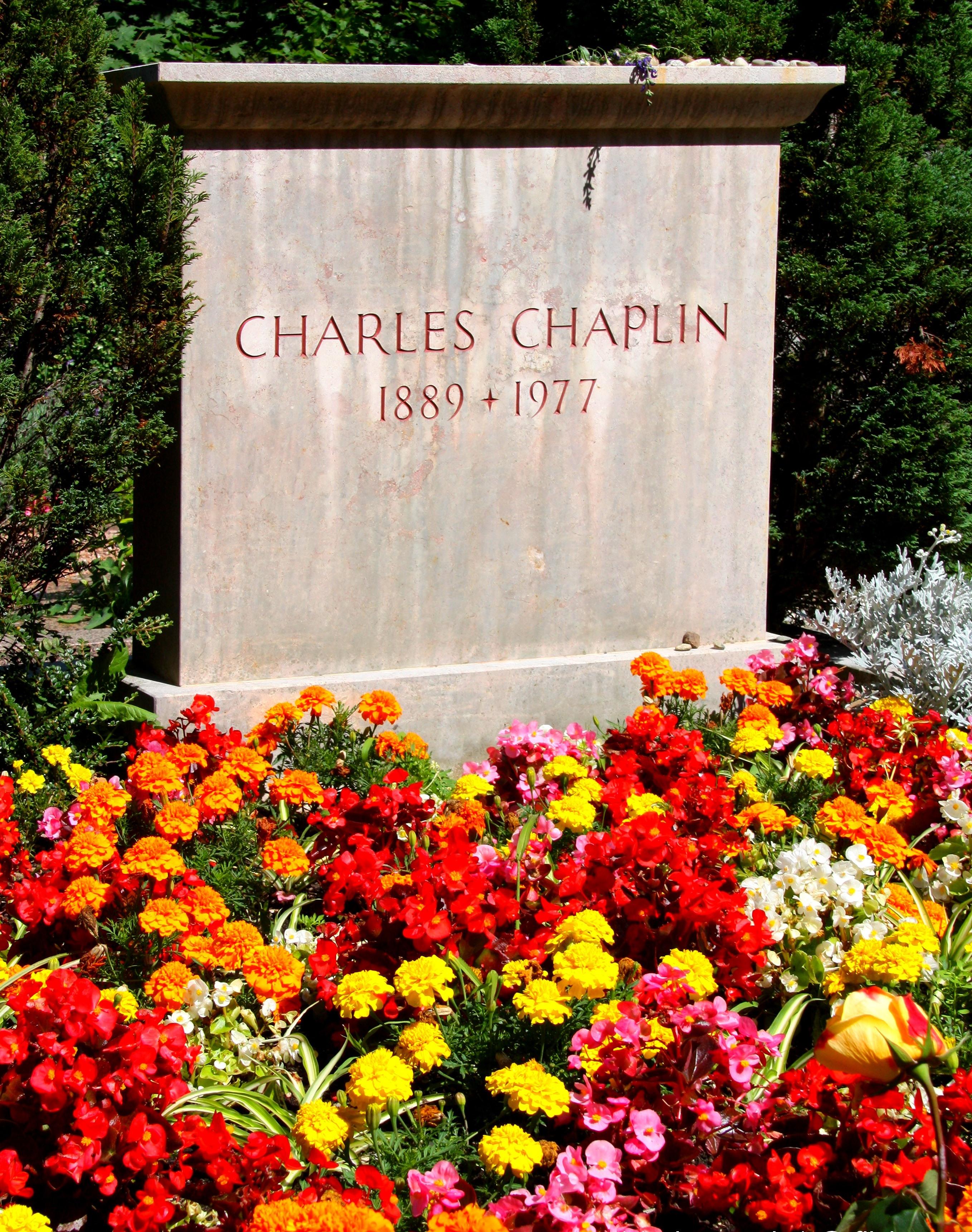 Charles-Chaplin-35
