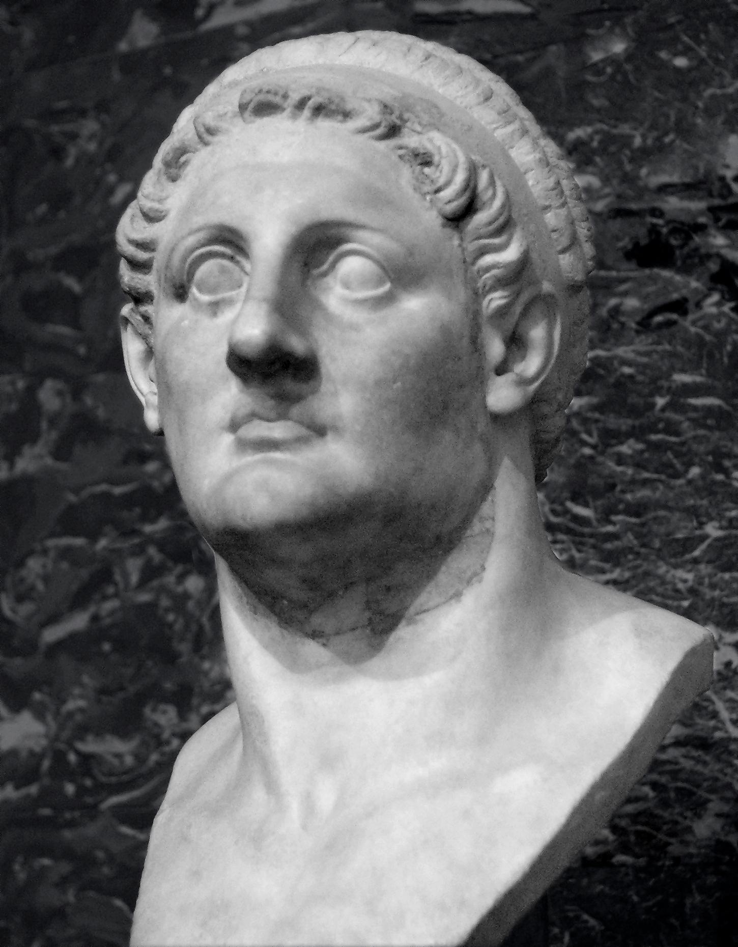 Cleopatra-03