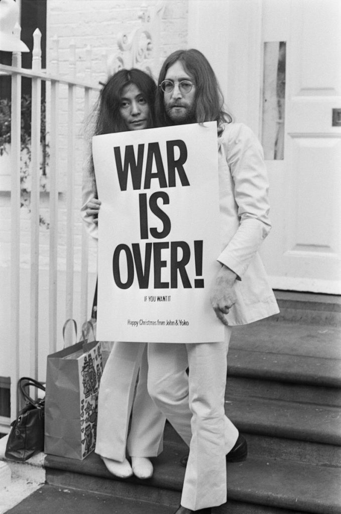 John-Lennon-24