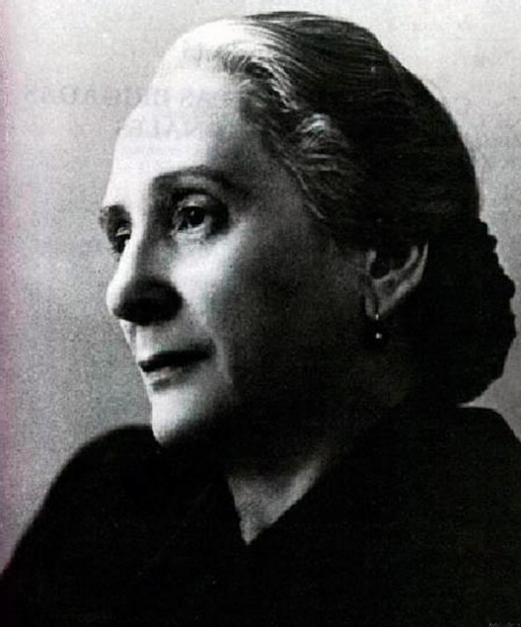 Dolores Ibárruri-01