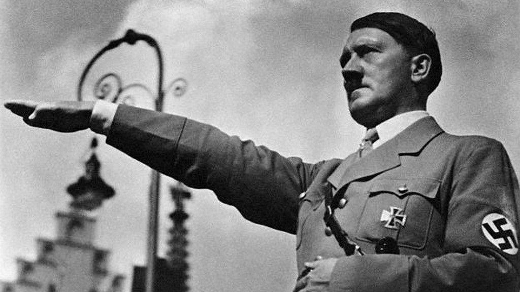 Hitler-17