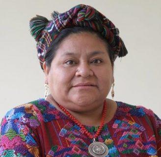Rigoberta Menchu: biografía, frases, libros, y más
