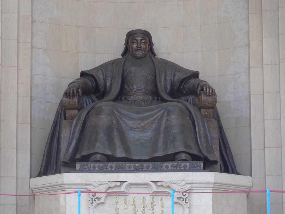 Genghis-Khan-8