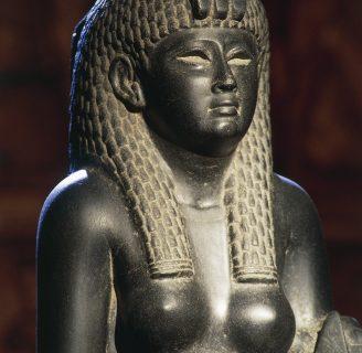 Cleopatra: Biografía, Marco Antonio, Julio César, frases y algo más