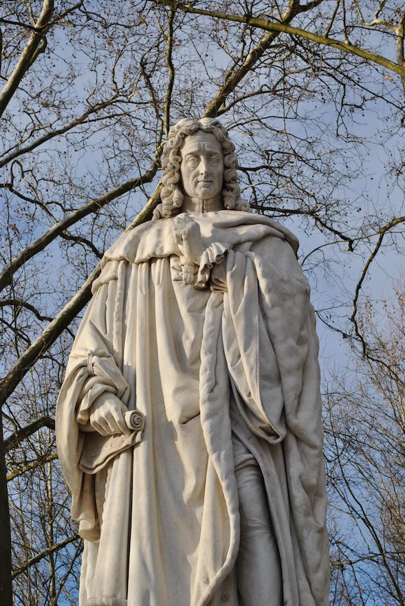 Montesquieu-18