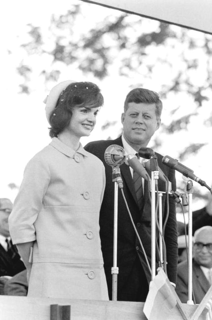 Jacqueline-Kennedy-6