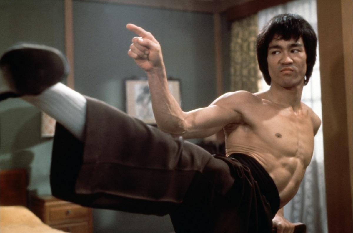 Bruce-Lee-23