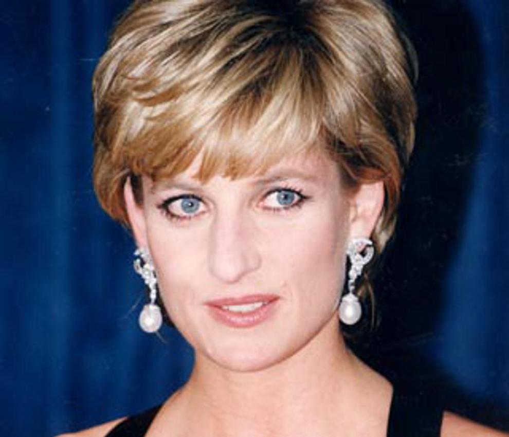 Diana-De-Gales-32