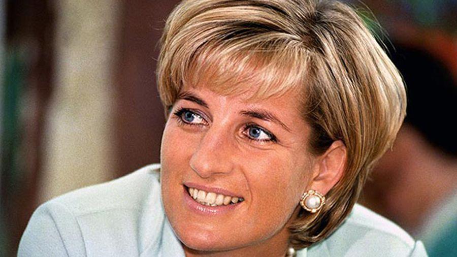 Diana-De-Gales-36