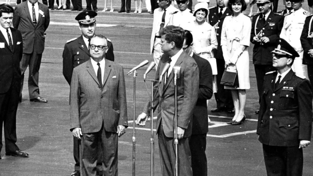 John-F-Kennedy-16