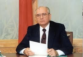 Mijail-Gorbachov-11