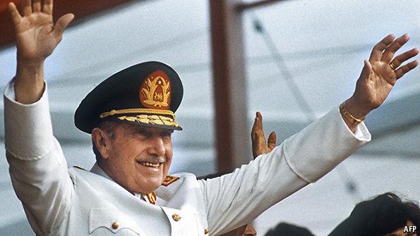 Pinochet-11