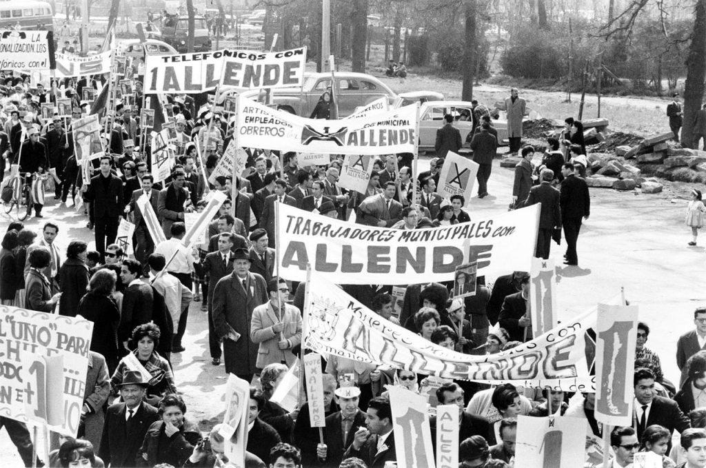 Salvador-Allende-05