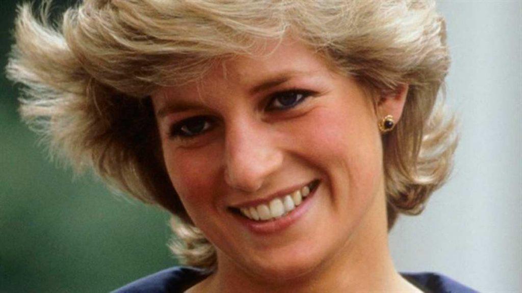 Diana-De-Gales-37