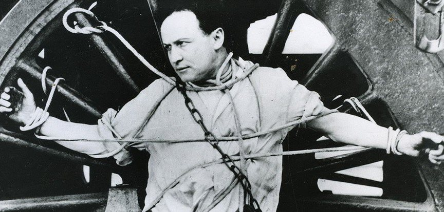 Harry-Houdini-7