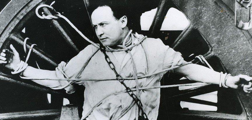 Harry-Houdini-7