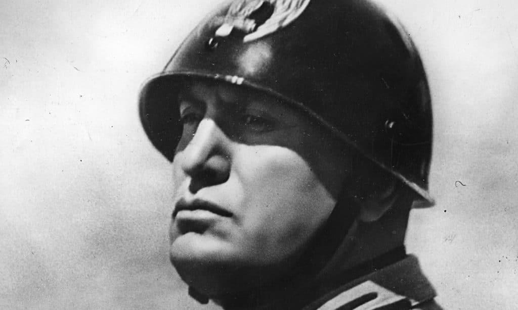 Mussolini-1