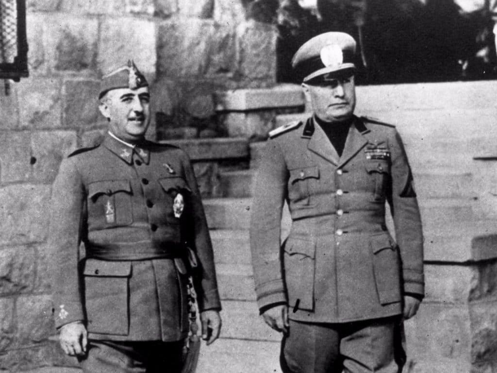 Mussolini-5