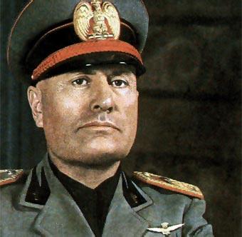 Mussolini-17