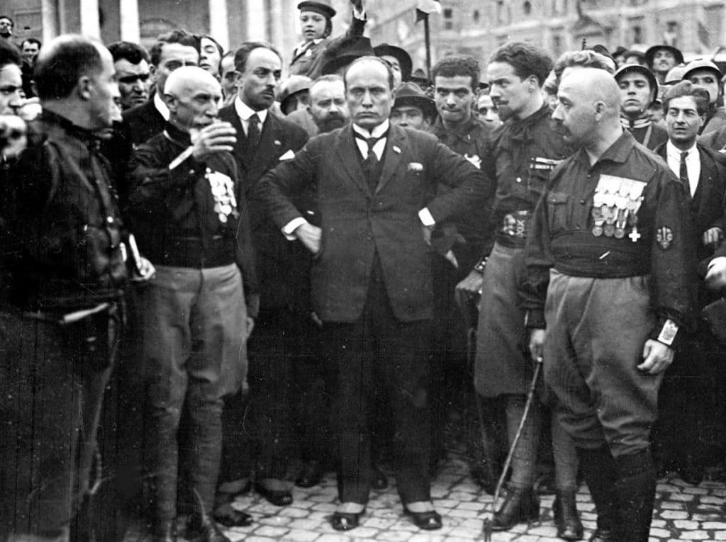 Mussolini-15