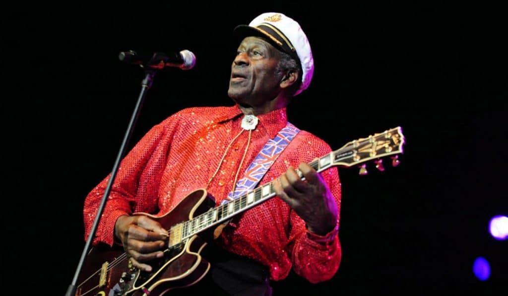 Chuck Berry : biografía , álbumes, guitarra, y mas.