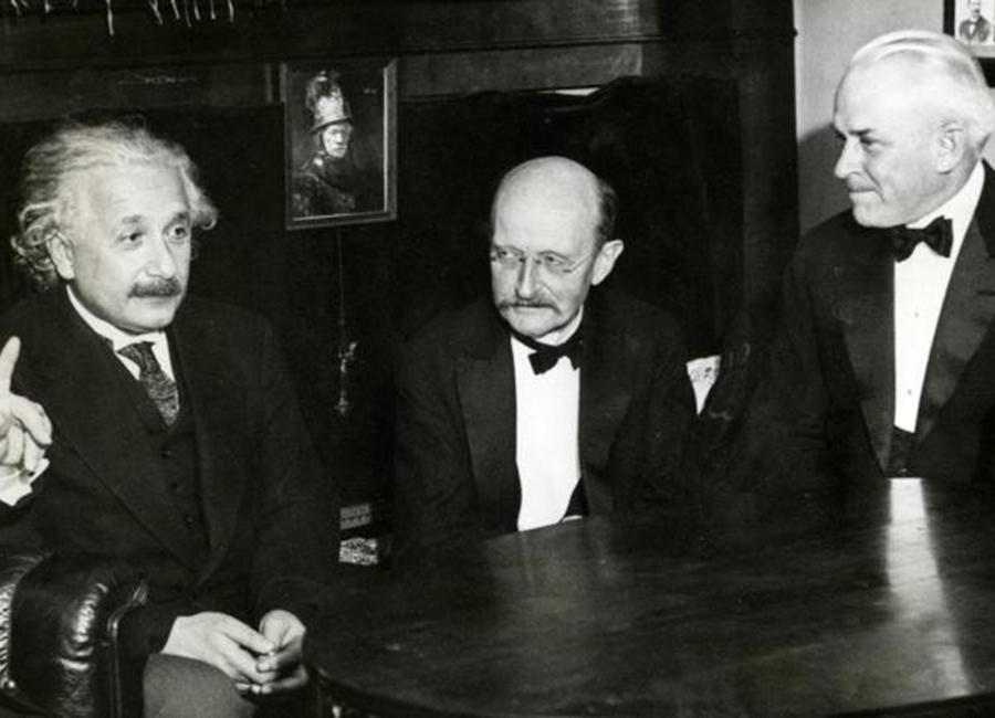 Max-Planck-11