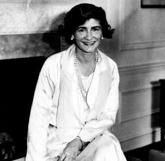 Coco Chanel: biografía, frases, logo, película, diseños y mucho más