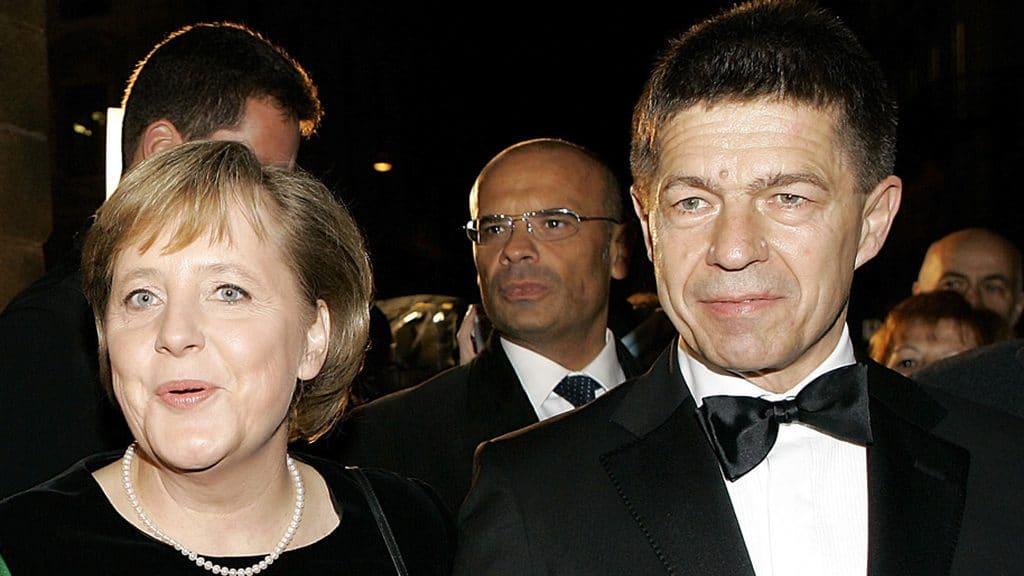 Angela-Merkel-12