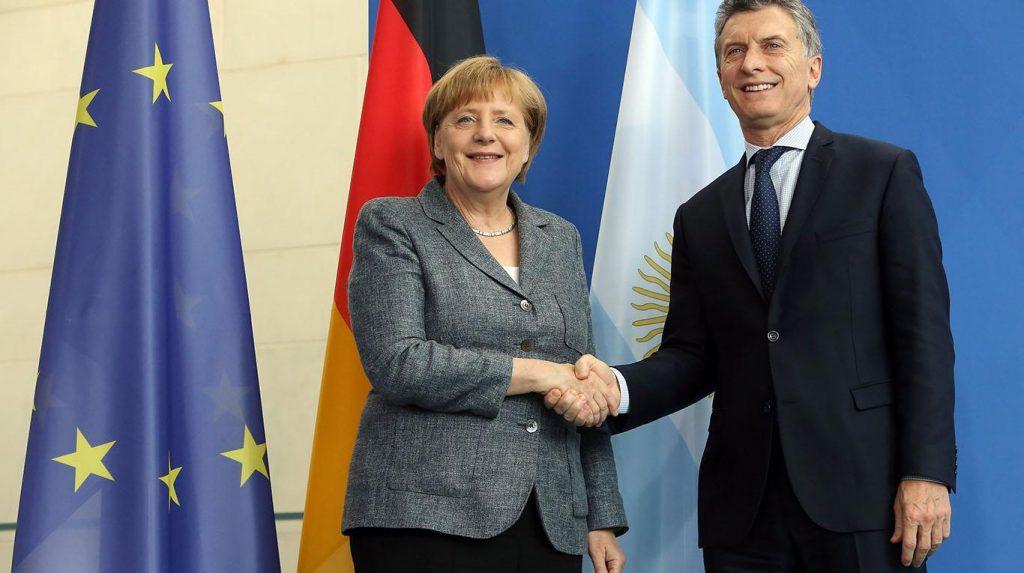 Angela-Merkel-8