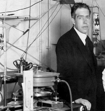 Niels-Bohr-11