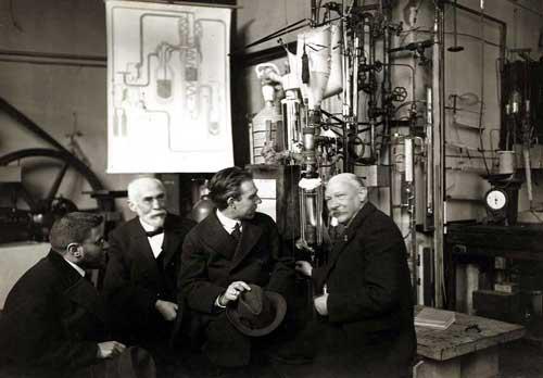 Niels-Bohr-16