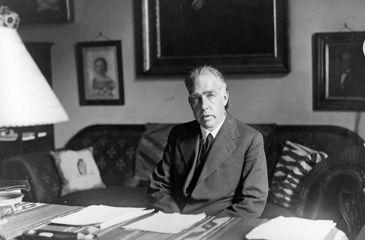 Niels-Bohr-7
