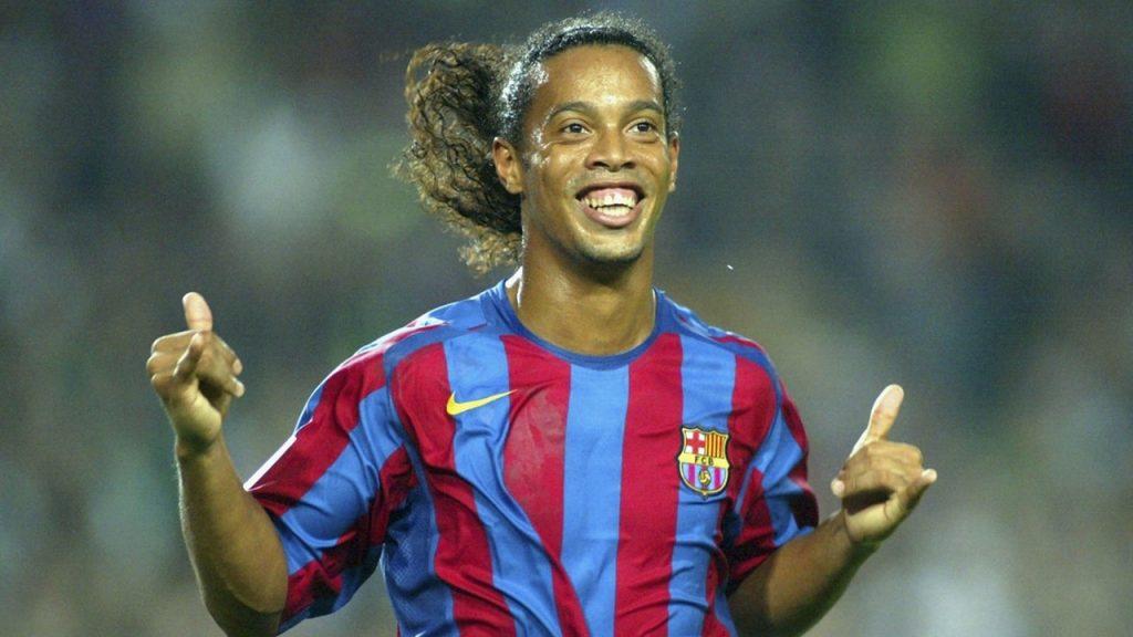 Ronaldinho: biografía, Messi, Milán, futsal, premios, y mucho mas