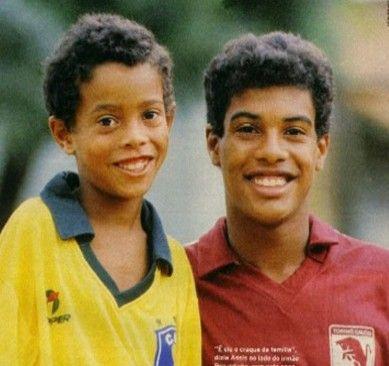 Ronaldinho y su padre