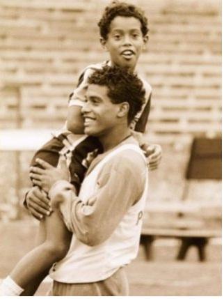 la carta de Ronaldinho, en memoria de su padre